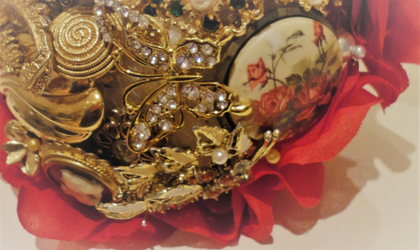 Victorian Cameo Red & Gold Brooch Bouquet