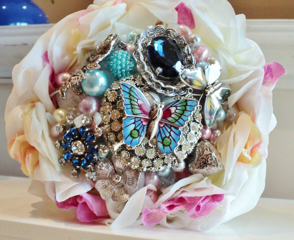 Bridal bouquet | Wedding brooch bouquet | Fullilove Designs