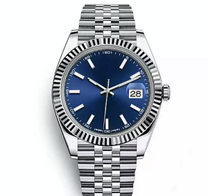 Chic Classic Ripple Trim Watch