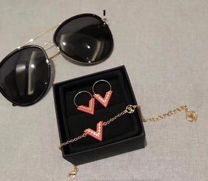 VALENTINE LOVE Jewelry  Collection