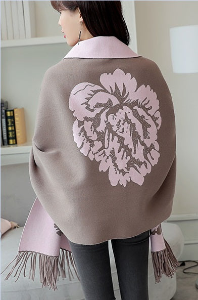 Gorgeous Flower Motif Sleeved Wrap