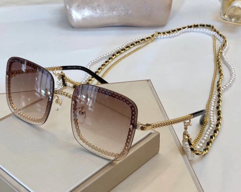 Square Chain Link and Pearl Embellished Sunglasses