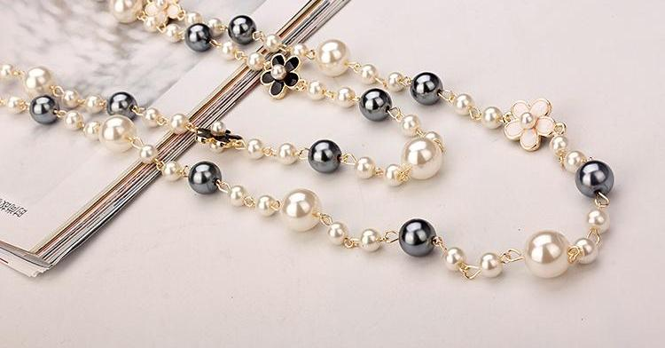 Flower & Pearl Necklace Series I