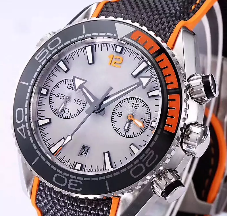 Distinguished CHRONO Watch