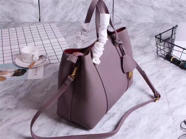 Gorgeous DIOR Leather Tote Bag