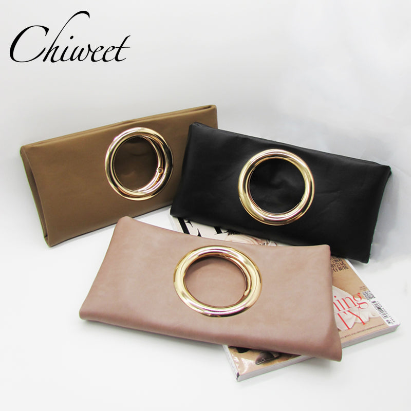 Metal Ring Clutch