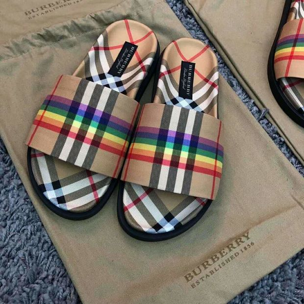 Color Rainbow Slippers