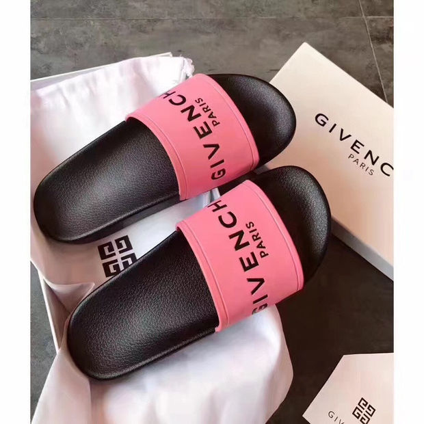 Color Pop  GIVENCHY  Slippers