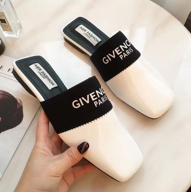 Patent Leather  GIVENCHY  Mules