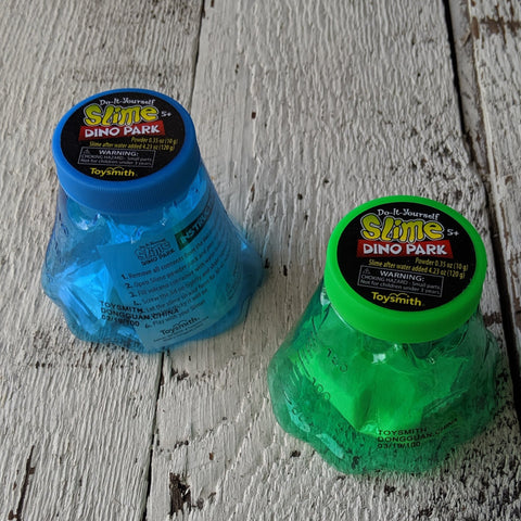 Do-It-yourself slime dino park