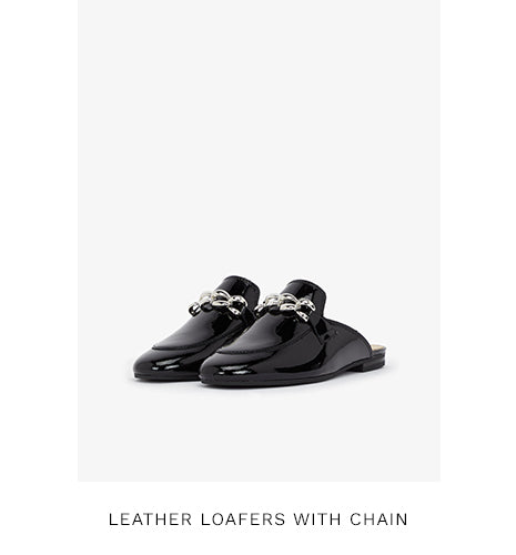LEATHER LOAFERS WITH CHAIN - BLACK