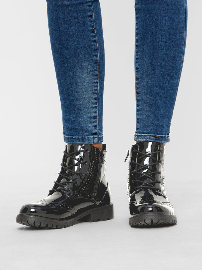 PATENT MILITARY BOOTS BLACK
