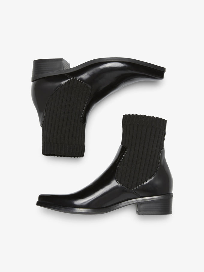 ANKLE BOOTS WITH ELASTIC DETAILS BLACK