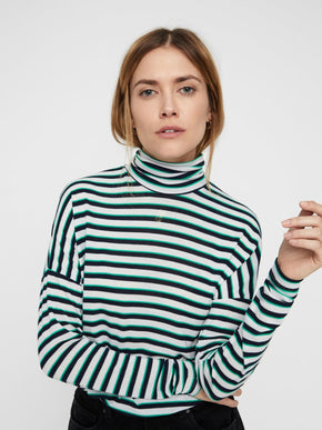 LIGHT STRIPED TURTLENECK SWEATER