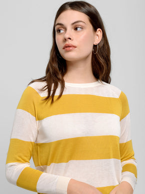 Lightweight O-Neck Sweater