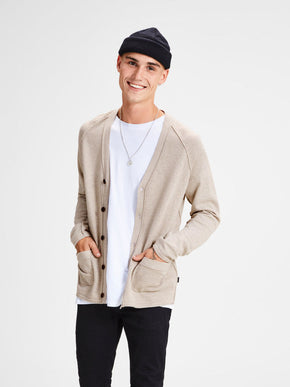PREMIUM BUTTON-DOWN CARDIGAN