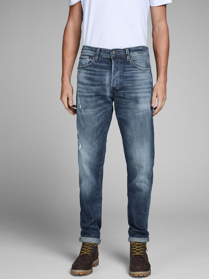 FRED 109 TAPERED FIT JEANS