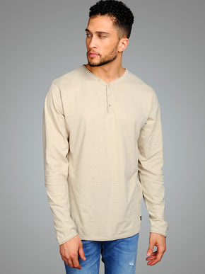 LONG SLEEVE SPLIT NECK T-SHIRT