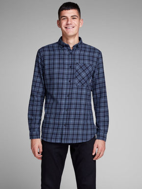 CHECKERED SHIRT WITH CONTRAST POCKET