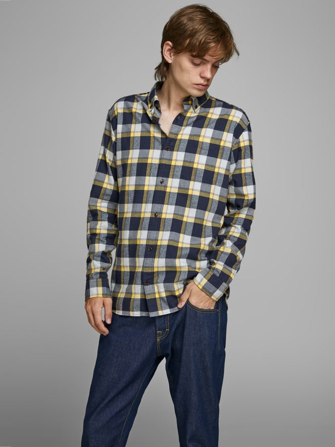 ESSENTIALS CHECKERED FLANNEL SHIRT FALL LEAF