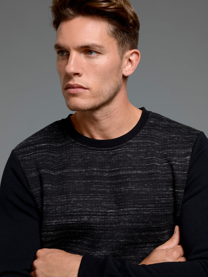 CORE CREWNECK WITH TEXTURED BODY BLACK