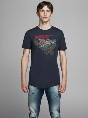 LONG FIT CAMO MOUNTAIN T-SHIRT