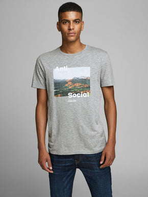 ADVENTURE PHOTO PRINT T-SHIRT
