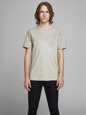 COLOURBLOCK STYLE POCKET T-SHIRT