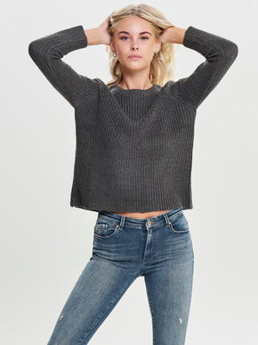 FINAL SALE - CLASSIC SOLID SWEATER