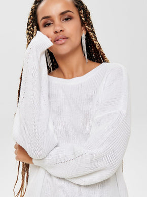 SHORT OVERSIZED SWEATER