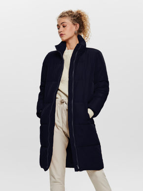 MANTEAU BOUFFANT LONG