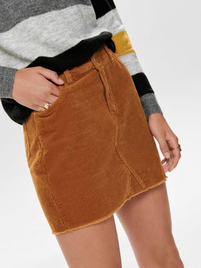 FINAL SALE - SHORT CORDUROY SKIRT