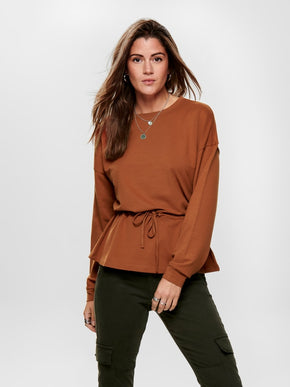 SWEATSHIRT WITH A PEPLUM WAIST