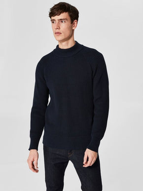 MOCK NECK HEAVY KNIT SWEATER
