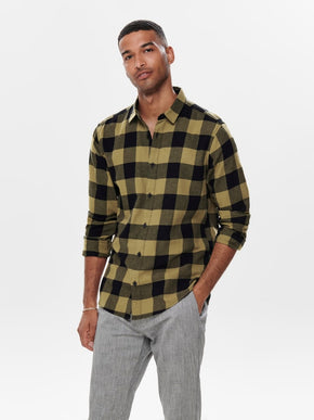 FINAL SALE - SLIM FIT CHECKERED FLANNEL SHIRT
