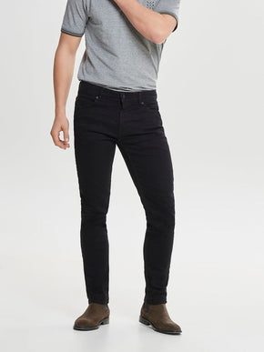 SLIM FIT SOLID BLACK STRETCH JEANS