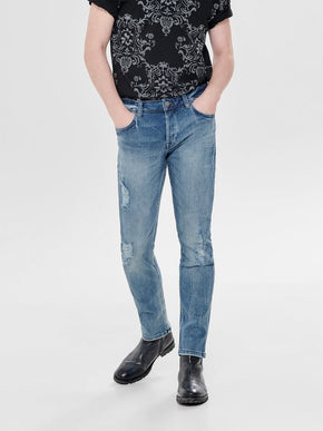 SLIM FIT STRETCH JEANS WITH USED DETAILS