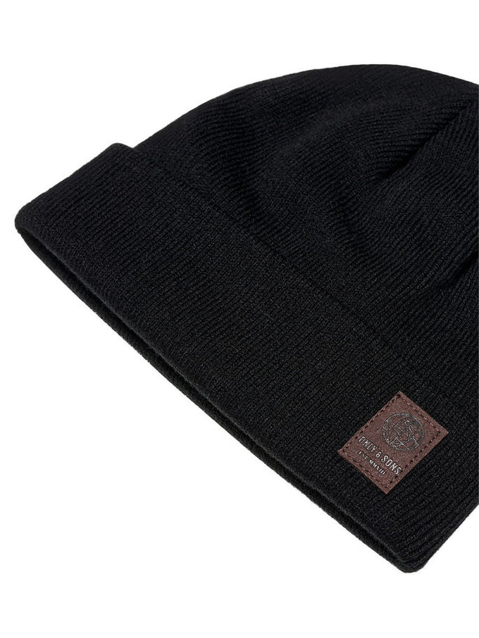ROLL UP BEANIE WITH LEATHER LOGO BLACK
