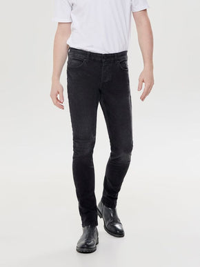 SLIM FIT BLACK WASHED JEANS