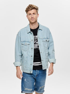 VESTE EN DENIM AMPLE À RAYURES