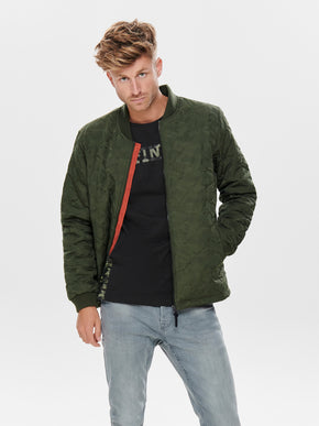 QUILTED BOMBER JACKET WITH CAMO PATTERN