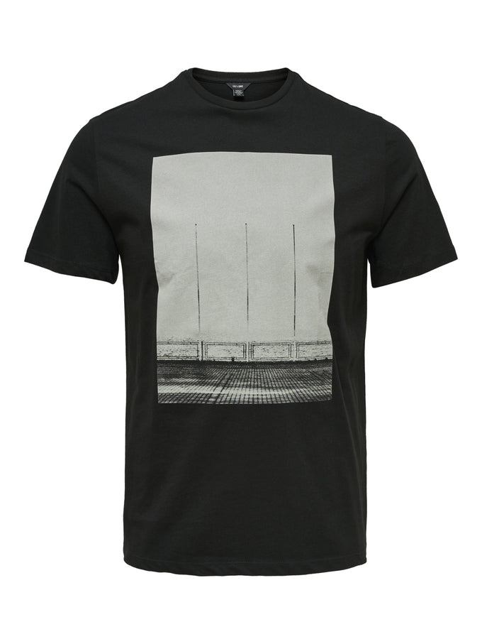 FINAL SALE - BLACK AND WHITE PHOTO PRINT T-SHIRT BLACK