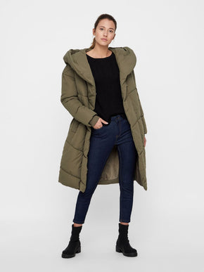 MANTEAU BOUFFANT AMPLE ET LONG