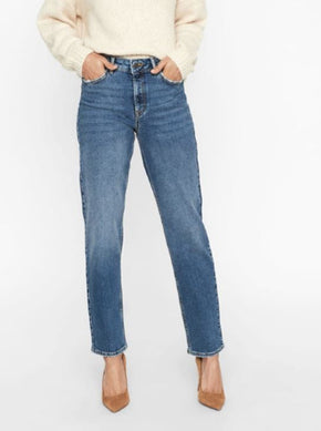 NMTAYLOR STRAIGHT FIT ANKLE JEANS