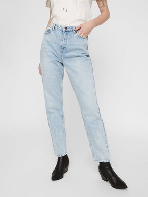 LISA HIGH WAIST STRAIGHT FIT JEANS