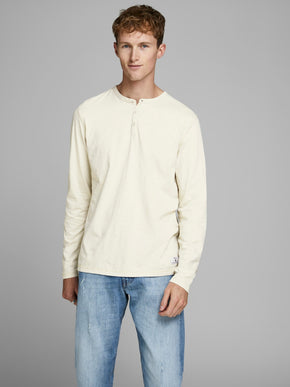 CLARKE LONG SLEEVE HENLEY T-SHIRT