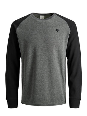 RAGLAN CORE LONG SLEEVE T-SHIRT