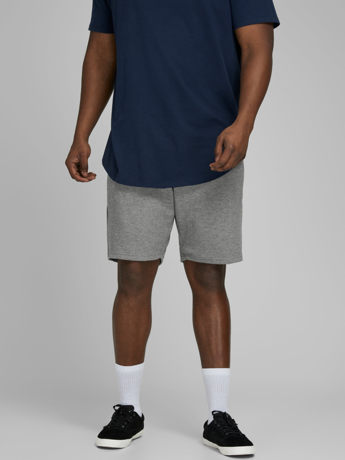 PLUS SIZE - CLEAN SWEAT SHORTS