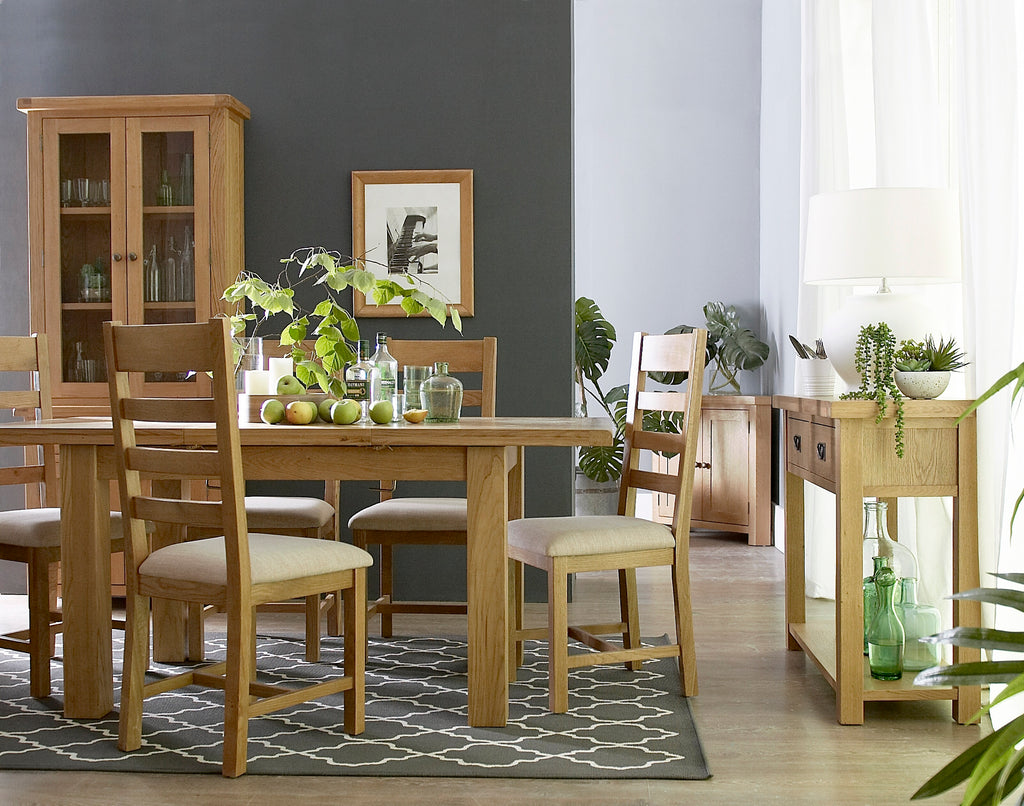 Country Oakham Living & Dining