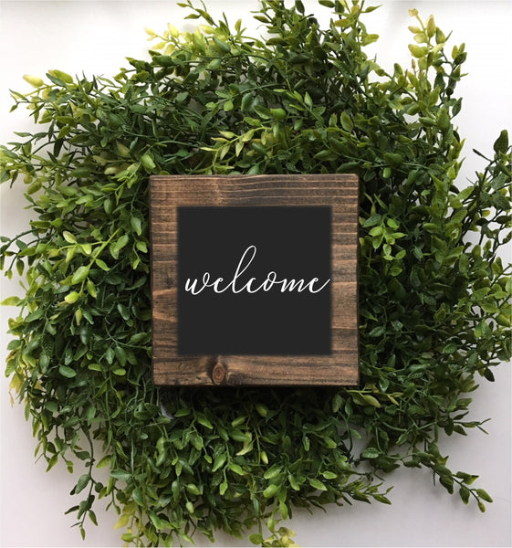 Mini welcome sign